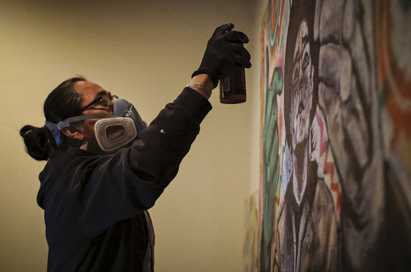 Jeff Slim makes spray-paint art