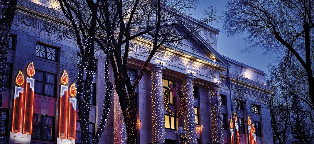 Prescott Christmas Parade & Courthouse Lighting; Photo courtesy Adobe Stock Images