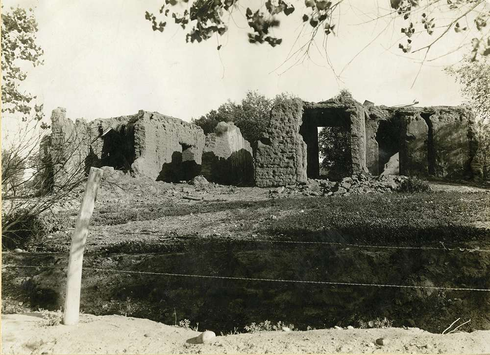 Remnants of Arizona pioneer Jack  Swilling's thick-walled adobe home,1920. Historical photos provided by Arizona Historical Society