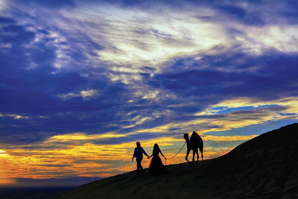 "Carla and Michael Beedy ""Desert Love"""