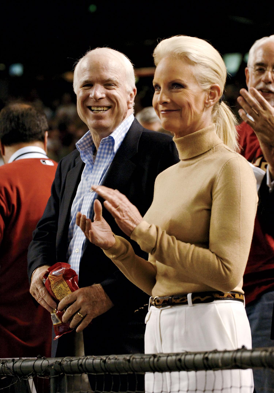 McCain and wife Cindy cheering on the Arizona Diamondbacks in 2007.