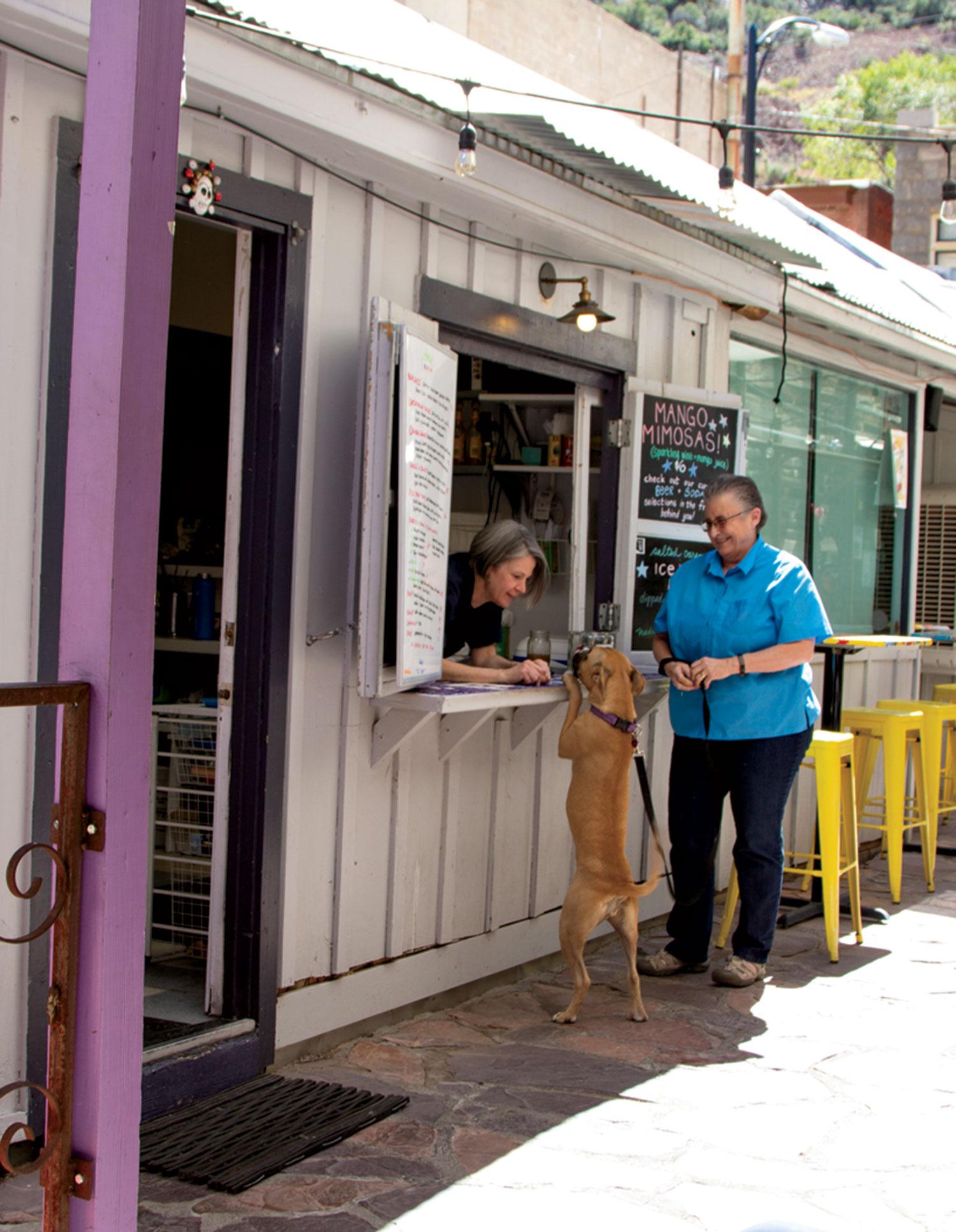 Roxy ordering from Poco; photo by Christianna Silva
