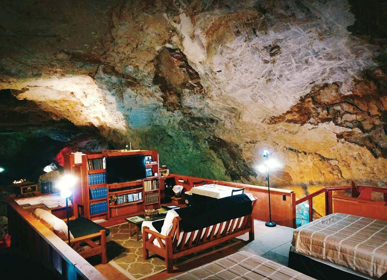 photo courtesy Grand Canyon Caverns