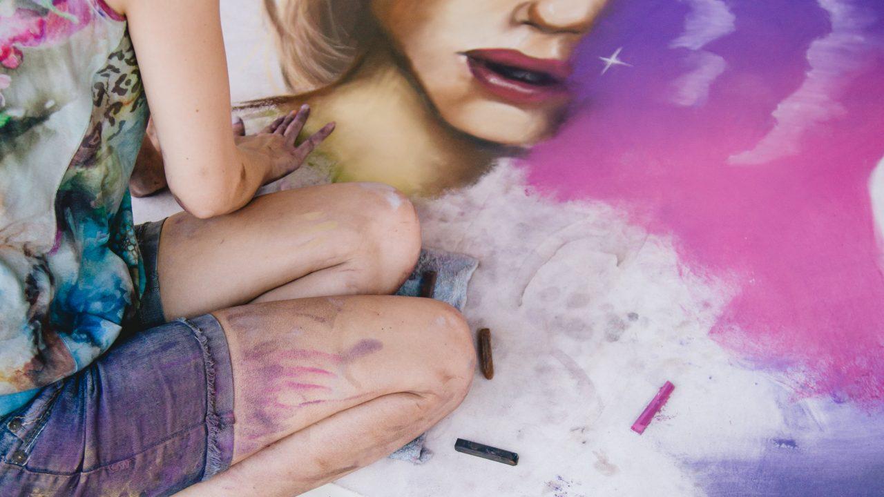 https://www.phoenixmag.com/wp-content/uploads/2019/04/Mural-in-Progress-up-close-1280x720.jpg