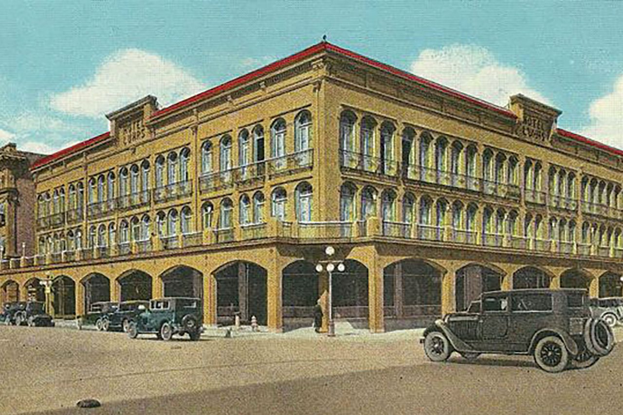 The Commercial Hotel (later Luhrs Hotel), where Guy Dernier stayed before his murder; Photo courtesy newspaper.com/The Arizona Republic