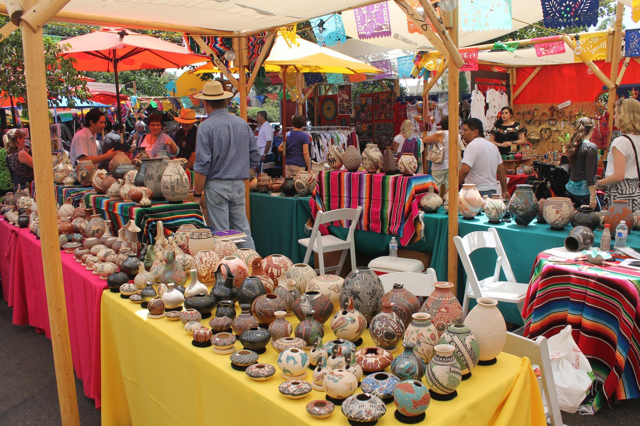 Vendors at the Mata Ortiz Pottery Show