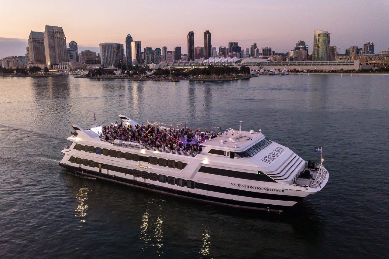 https://www.phoenixmag.com/wp-content/uploads/2019/08/Hornblower-Cruises-Events-1280x853.jpg