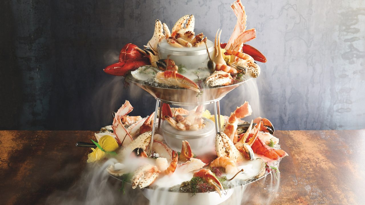 https://www.phoenixmag.com/wp-content/uploads/2019/10/Seafood-Tower-1280x720.jpg
