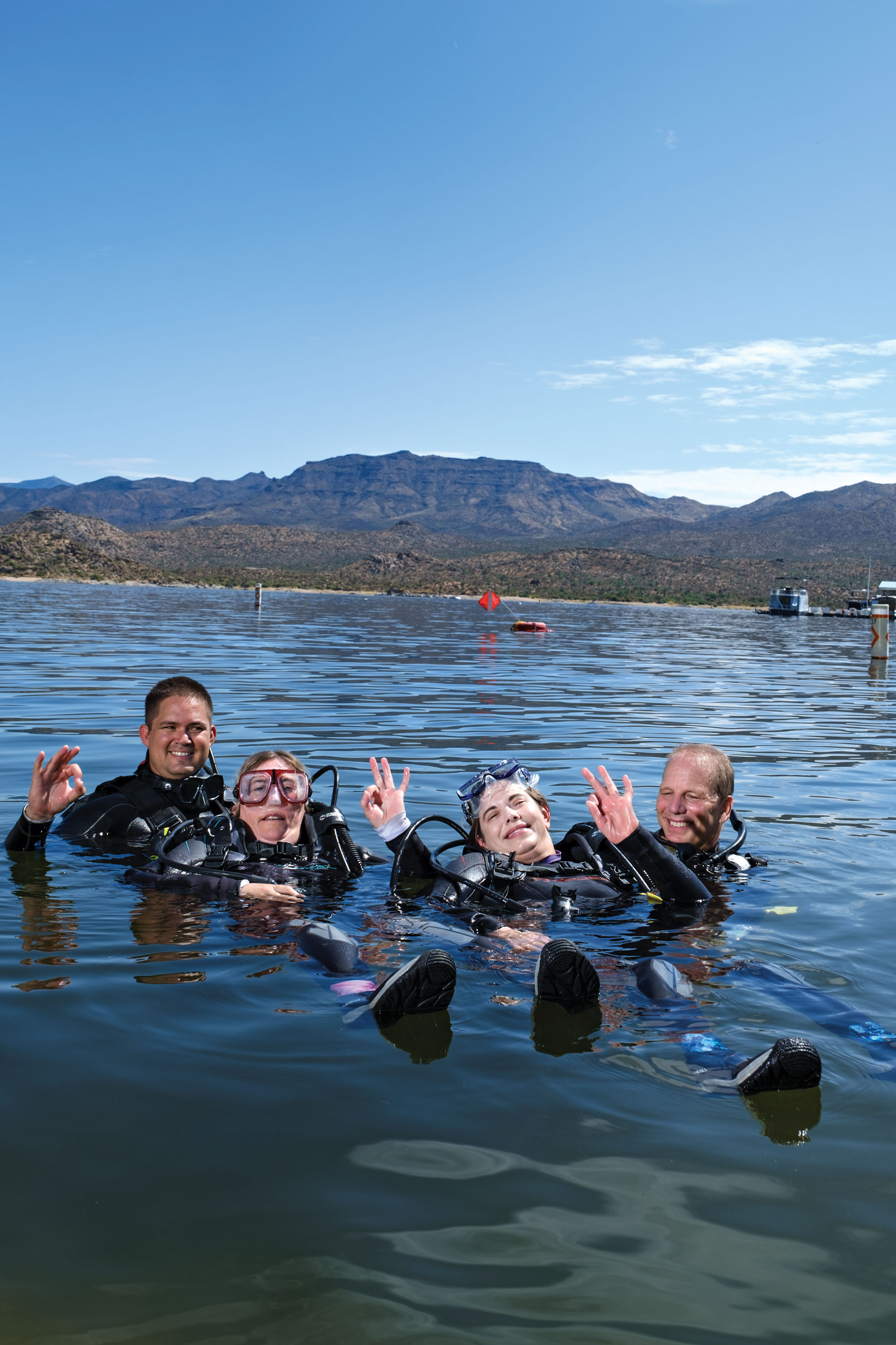 Diving duo Linda Impagliazzo (left) and Sharon Malone at Bartlett Lake; Photo by Michael Woodall