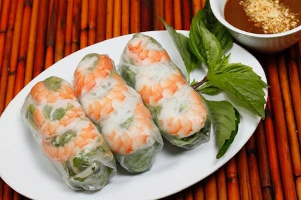 Recipe Friday: The Shrimp Spring Rolls from Tea Light Café