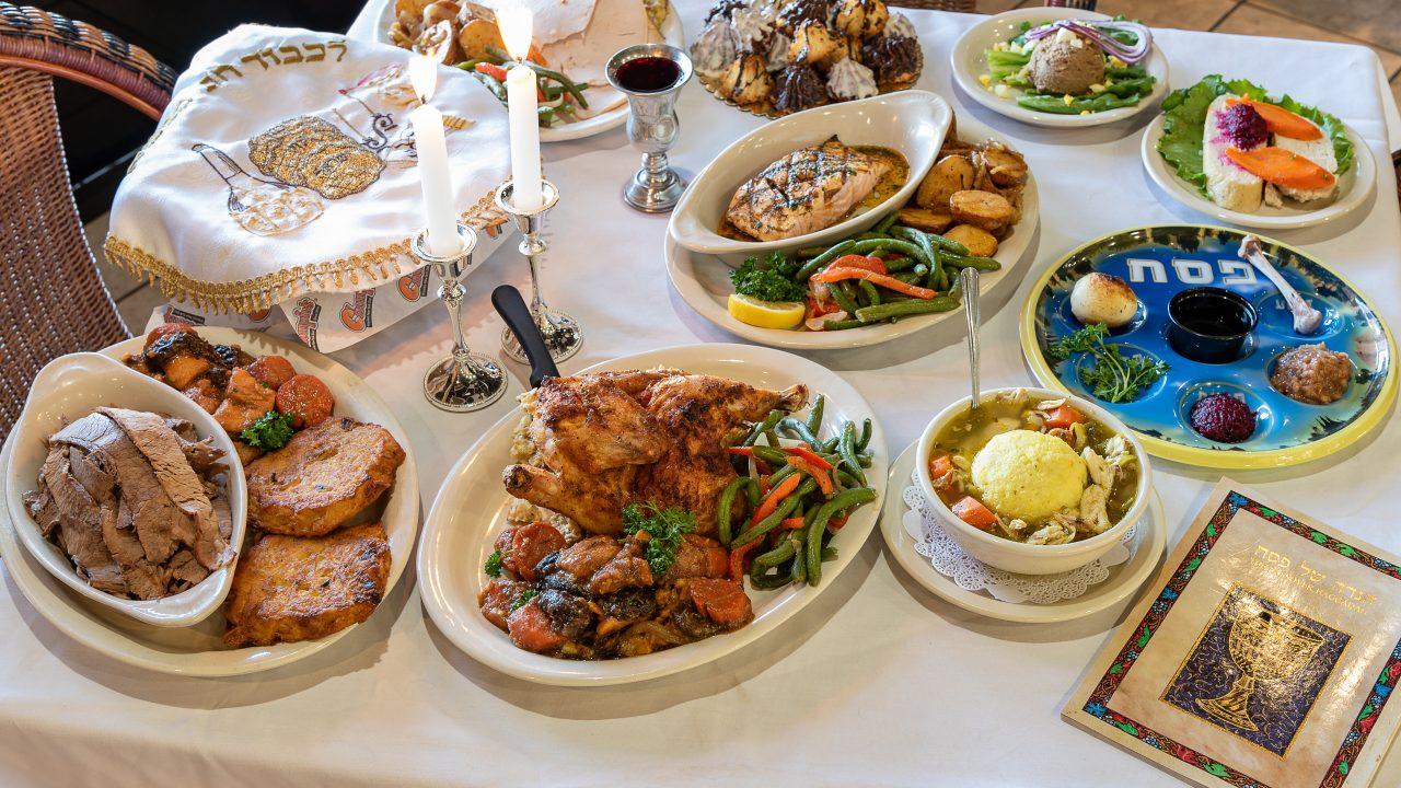 https://www.phoenixmag.com/wp-content/uploads/2020/04/Chompies-Seder-2-1280x720.jpg