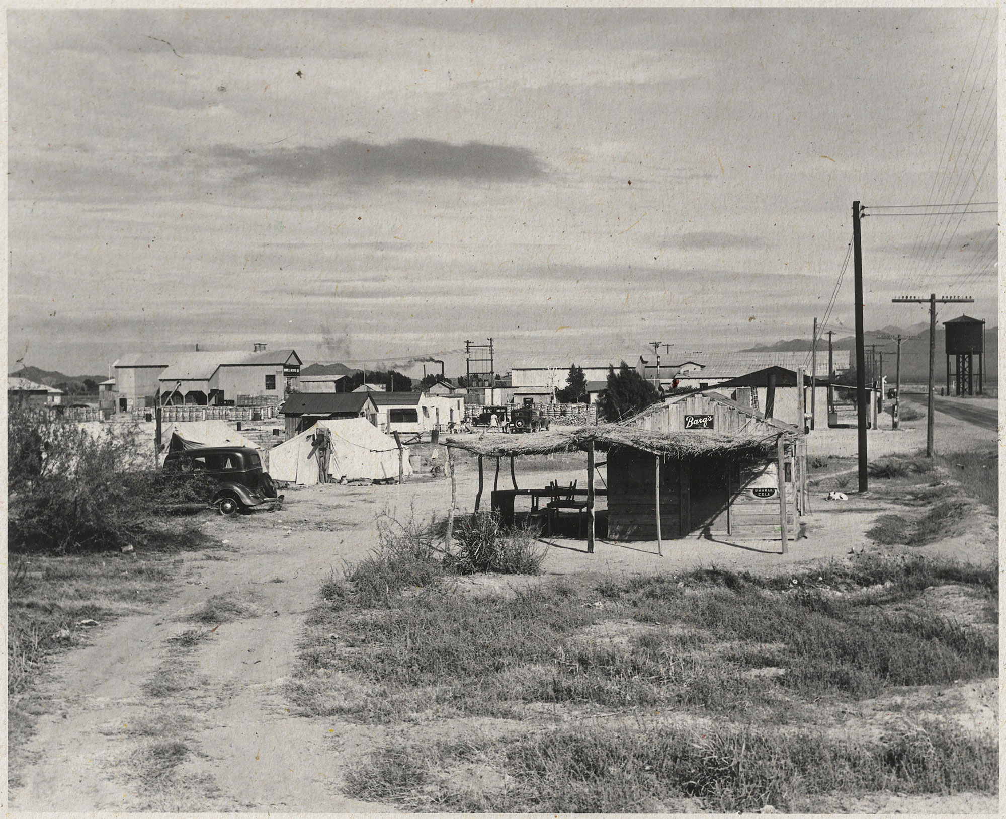 camp for cotton pickers in Buckeye, 1940; Photo courtesy Commons.wikimedia.org
