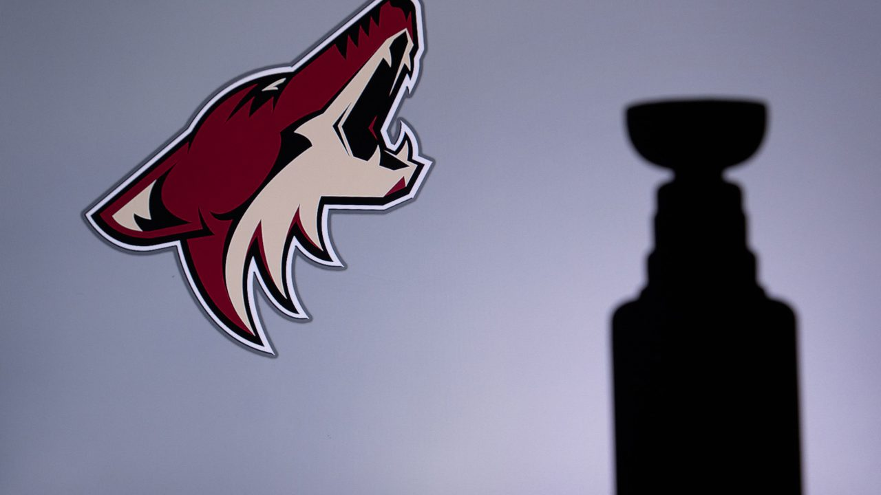 https://www.phoenixmag.com/wp-content/uploads/2020/08/coyotes-playoffs-1280x720.jpg
