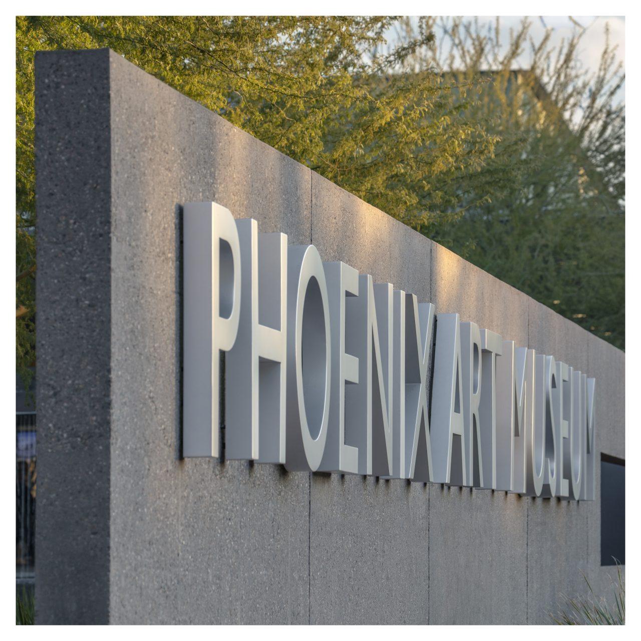 https://www.phoenixmag.com/wp-content/uploads/2020/10/T18_4451a-1280x1280.jpg