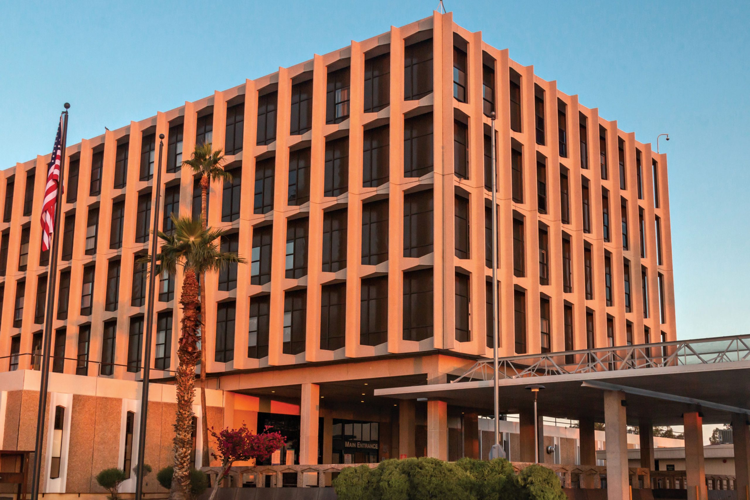 Phoenix Indian Medical Hospital, Phoenix; Photo courtesy Phoenix Indian Medical Hospital
