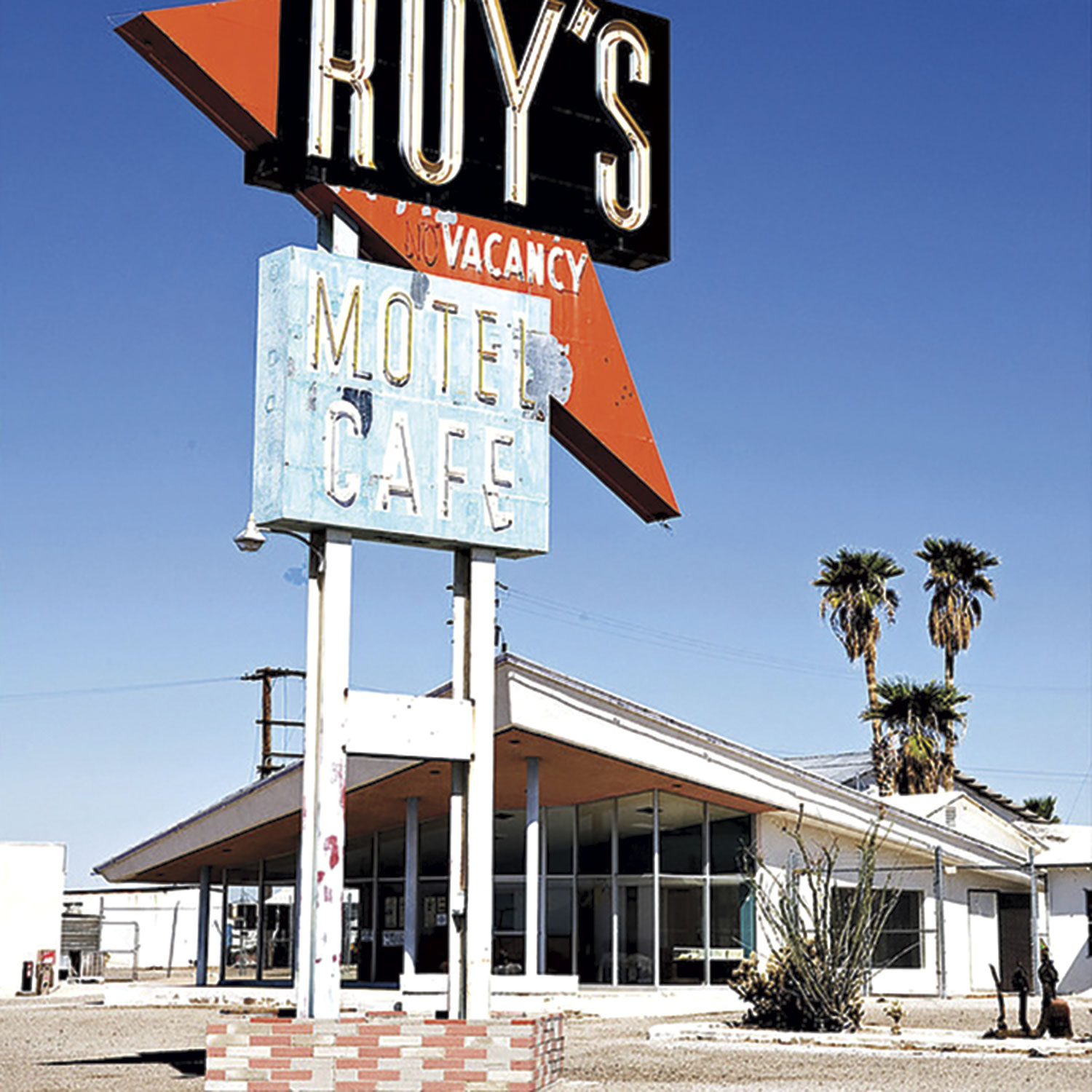 Roy's Motel & Café; Photo courtesy WIkimedia.commons.org
