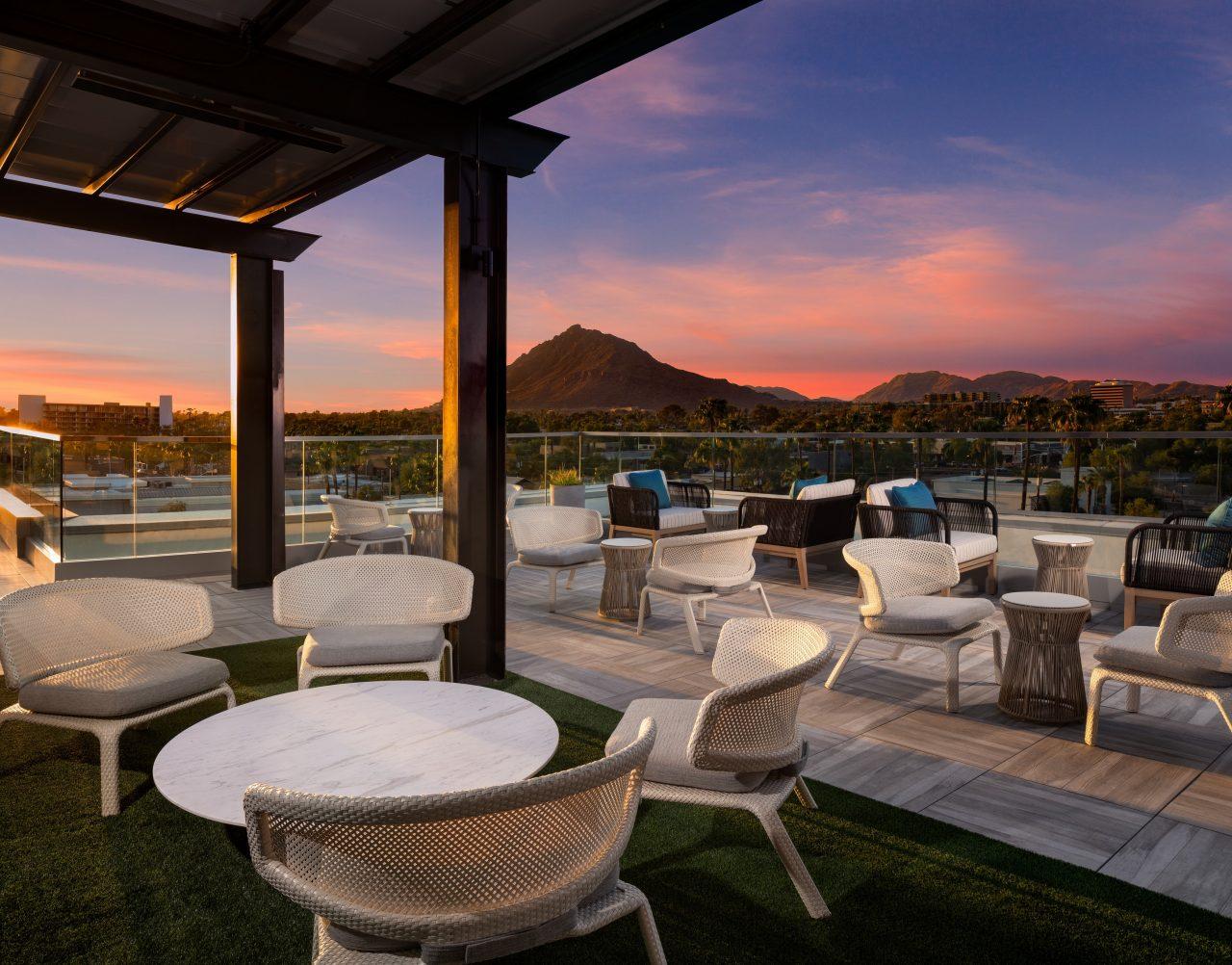 https://www.phoenixmag.com/wp-content/uploads/2021/07/Canopy-Scottsdale_Rooftop_14-1280x1002.jpg