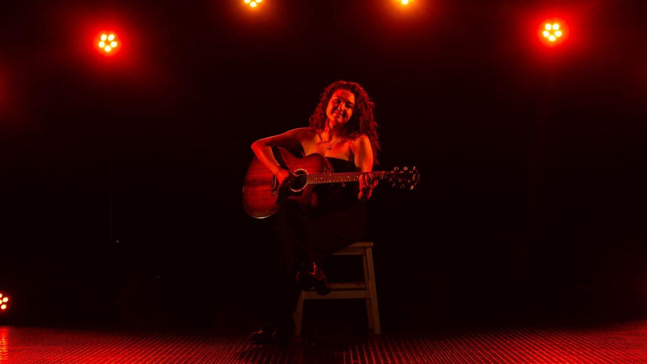 https://www.phoenixmag.com/wp-content/uploads/2021/07/Ellie-Fern_Ellie-Fern-Music-1280x720.jpg