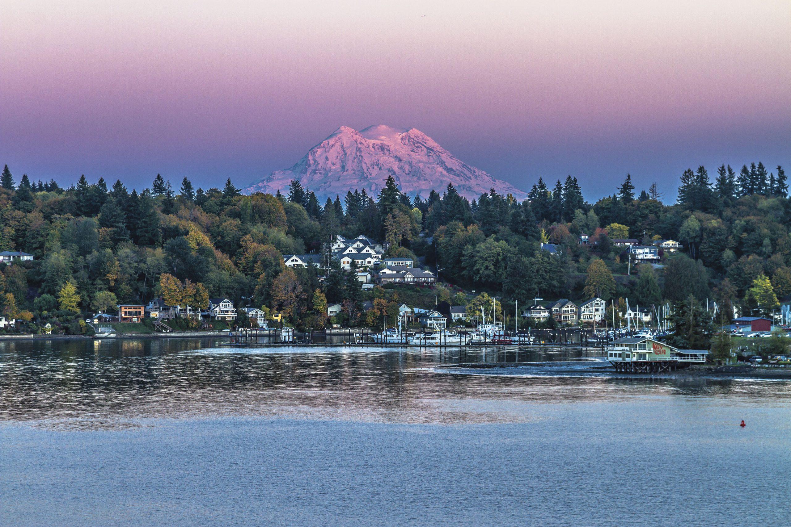Sunset over Mount Rainier and Lake Washington; Photo courtesy stock.adobe.com