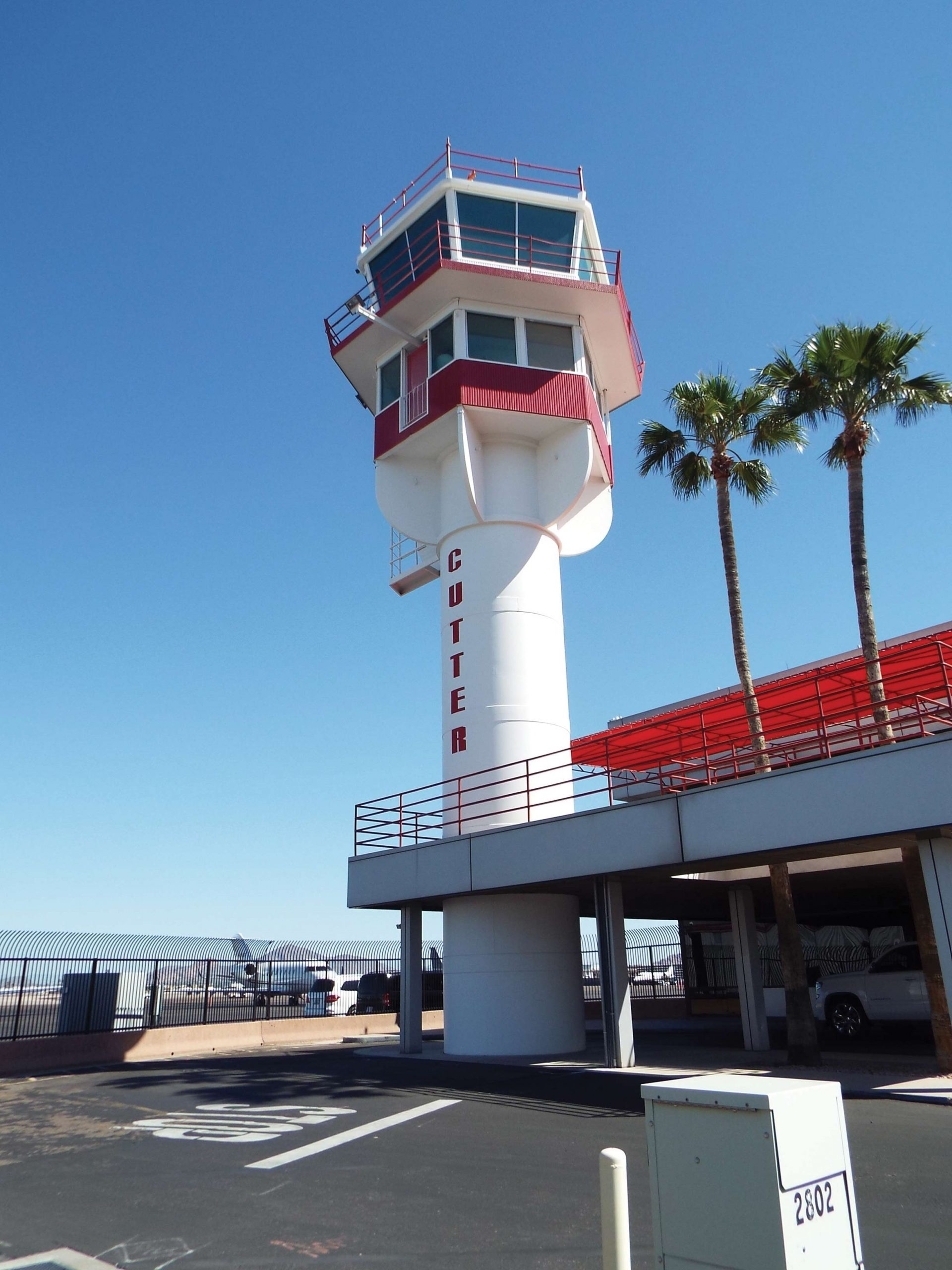 Terminal 1 control tower; photo courtesy commons.wikimedia.org