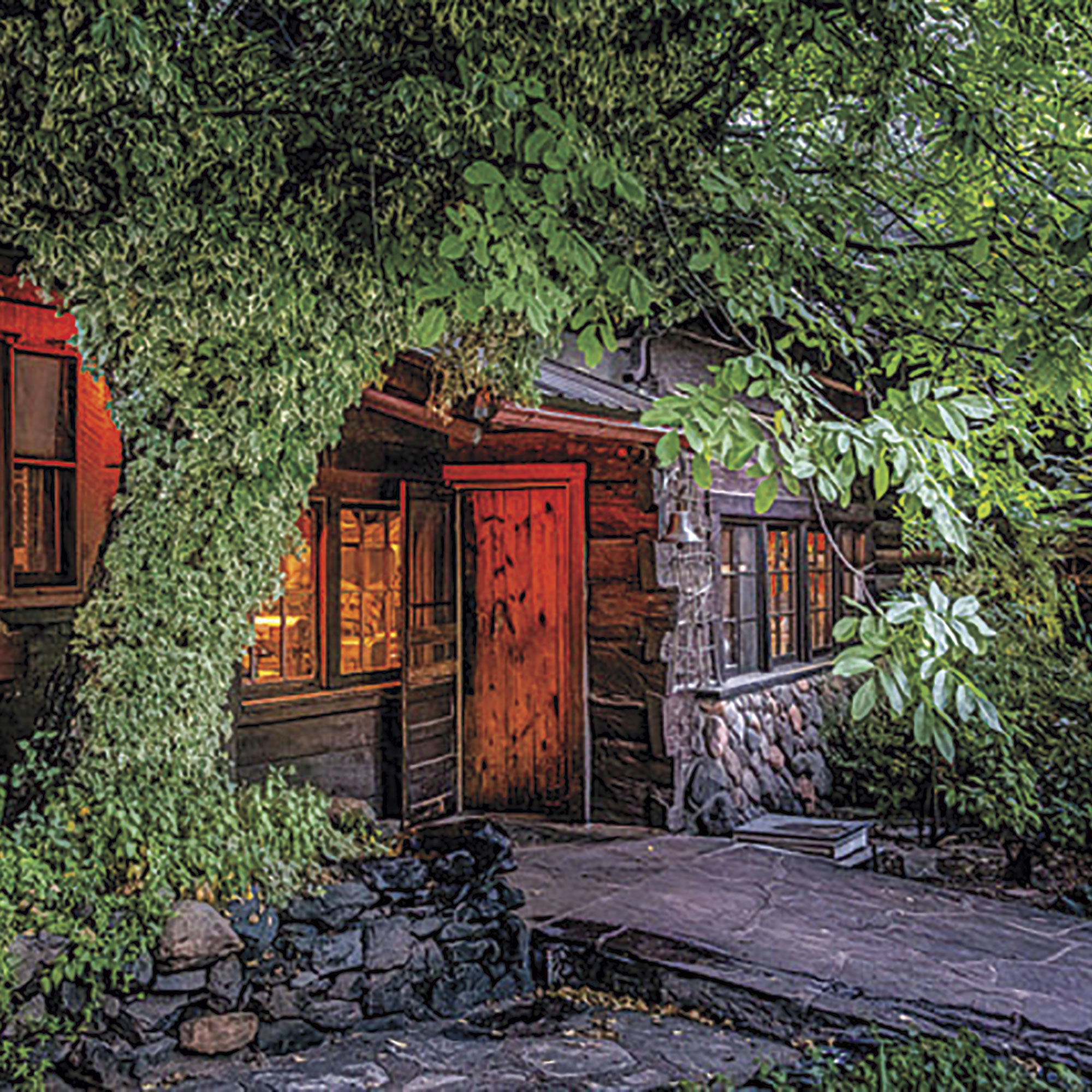 Main cabin at Orchard Creek; Photo courtesy Orchard Canyon On Oak Creek