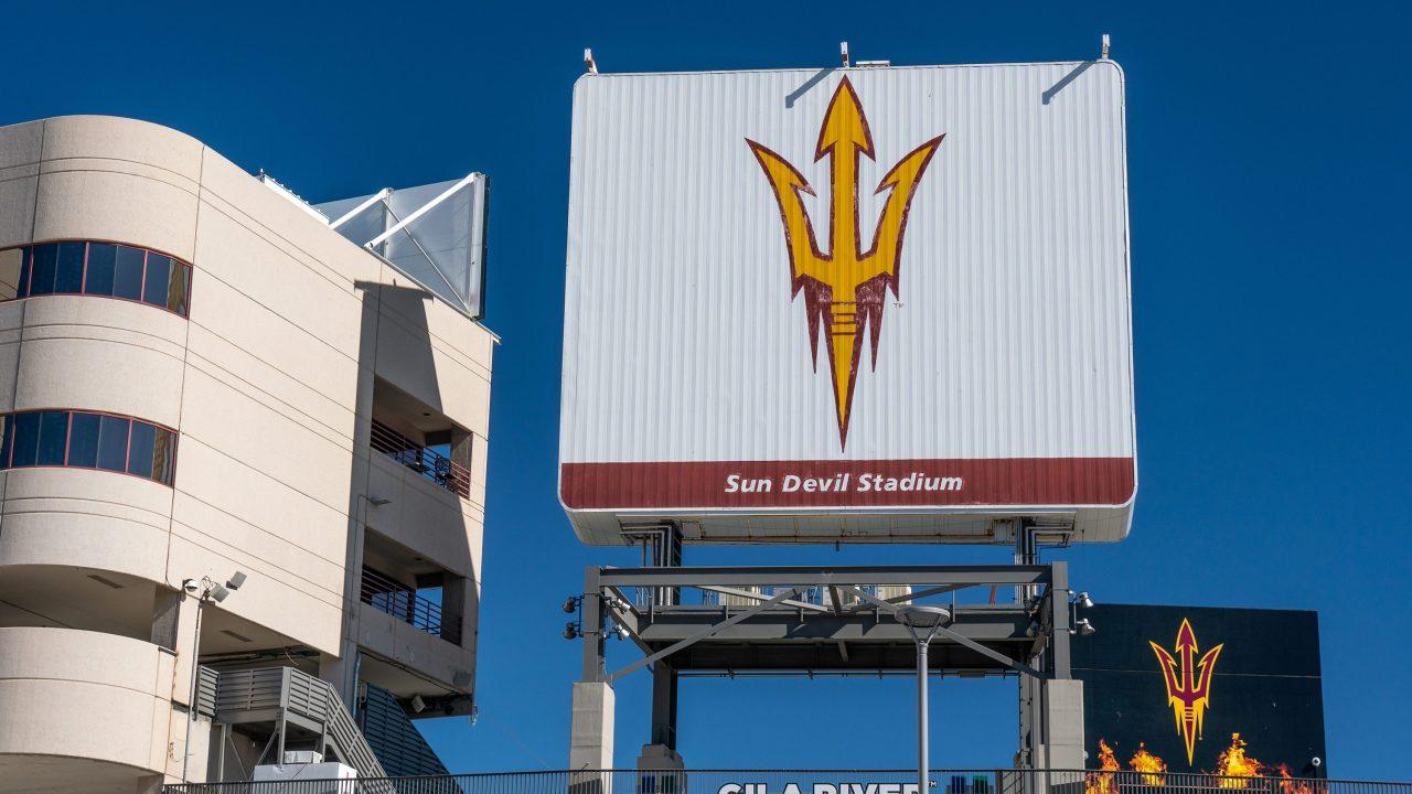 https://www.phoenixmag.com/wp-content/uploads/2021/08/sun-devil-stadium-stock-image-1280x720.jpg